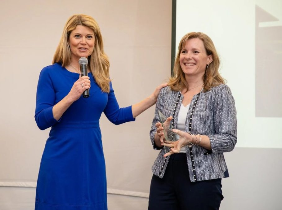 Kimberly Clapp presents an Innovation Now Award to Amy Haskins from the Jackson County Anti-Drug Coalition in West Virginia. Photo: Courtesy Addiction Policy Forum